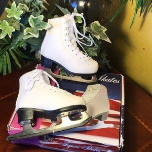NWT American Athletic White Figure Skates